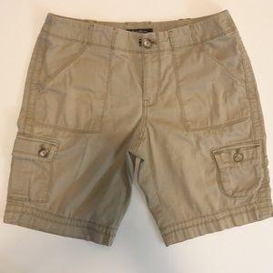 Eddie Bauer size 8 shorts